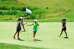 Sara Brown Finishes 18th Hole Symetra Tour