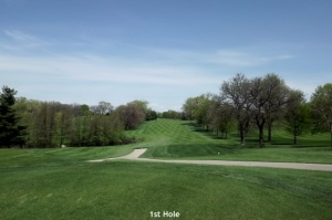 1st Hole Downers Grove Golf Couse